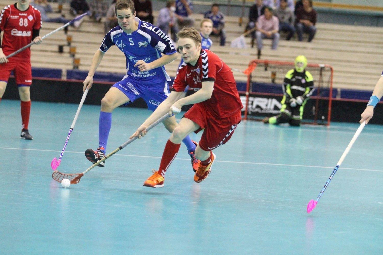 SCORET FØRST: Unggutten Petter Ulven utlignet til 1-1 for Sveiva, men Sveiva lakk som en sil bakover - og tapte.