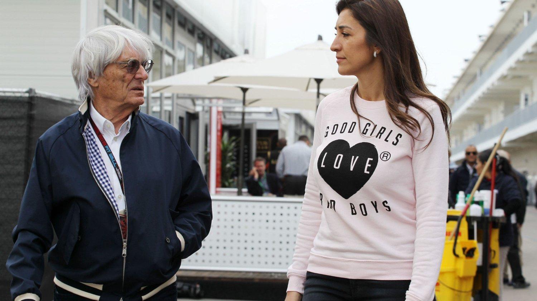 Rettssaken mot formel 1-toppen Bernie Ecclestone (83) starter i München torsdag. Her er han sammen med sin brasilianske kone Fabiana Flosi.