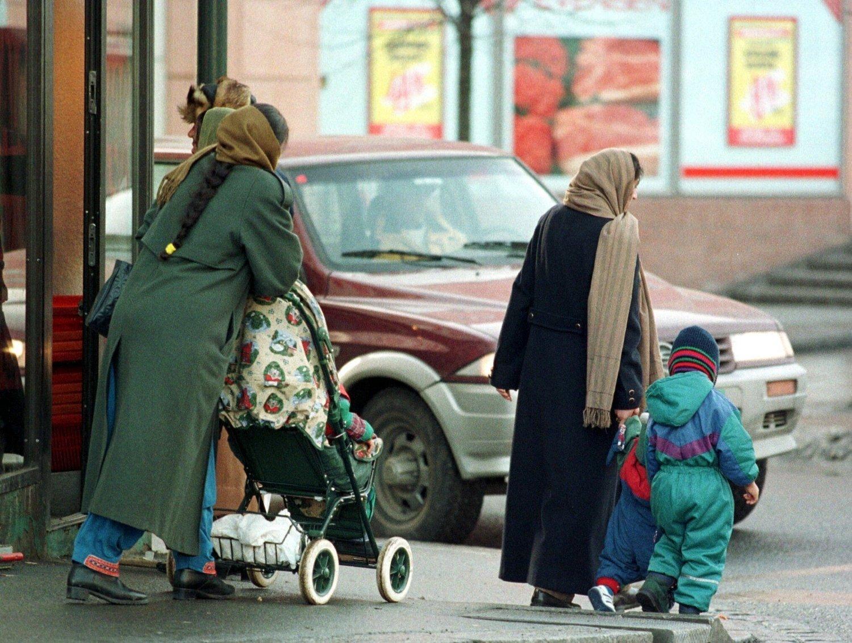 FÆRRE MOTTAR: Både i landet som helhet, og blant innbyggere med innvandrerbakgrunn, er det færre som mottar kontantstøtte. Blant befolkningen med innvandrerbakgrunn var antallet kontantstøtte-mottakere 46 prosent, ifølge SSB .
