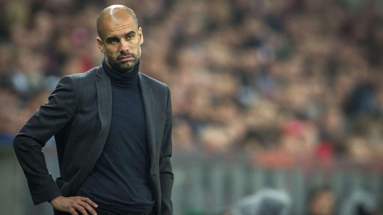 BER OM STØTTE: Pep Guardiola mener Bayern München må bestemme seg om han er rett trener for klubben.