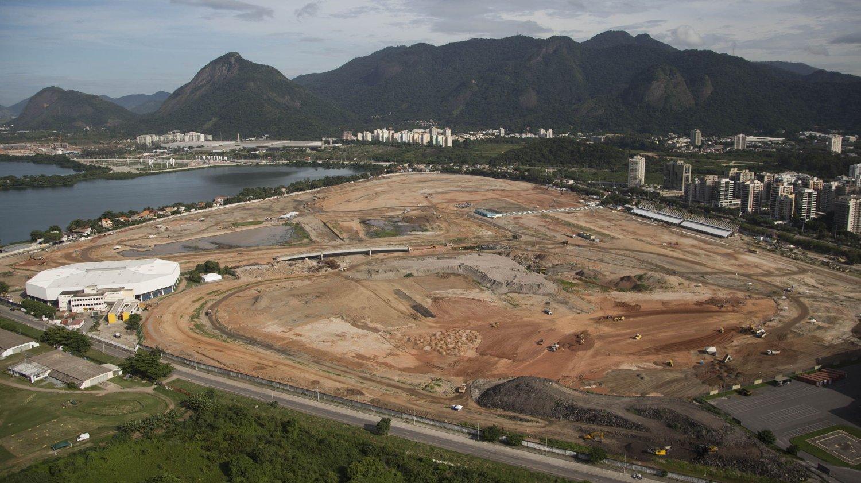 UFERDIG: OL-parken i Rio er langt fra ferdig. Dette bildet er tatt i midten av april.