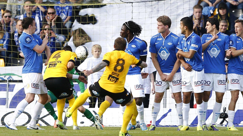 IKKE OVERBEVIST: Ruben Gabrielsen mener LSK kunne vunnet mot Molde. Her scorer han 1-1-målet i første omgang.
