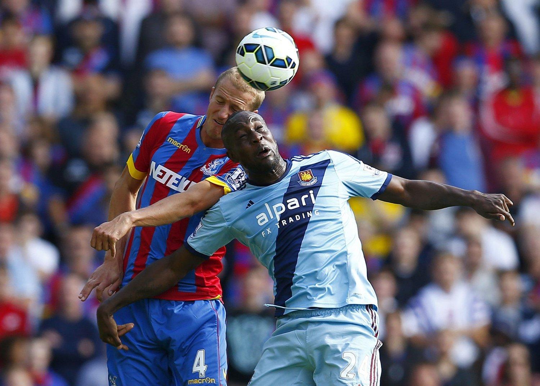 TAP: Brede Hangeland tapte både duellen mot Carlton Cole og kampen mot West Ham.