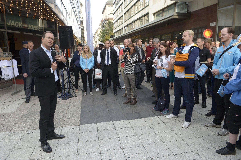 Et kaosvalget kan skape problemerfor svensk økonomi. Det er dårlige nyheter for finansminister Anders Borg - her på et valgkampmøte i Stockholm.
