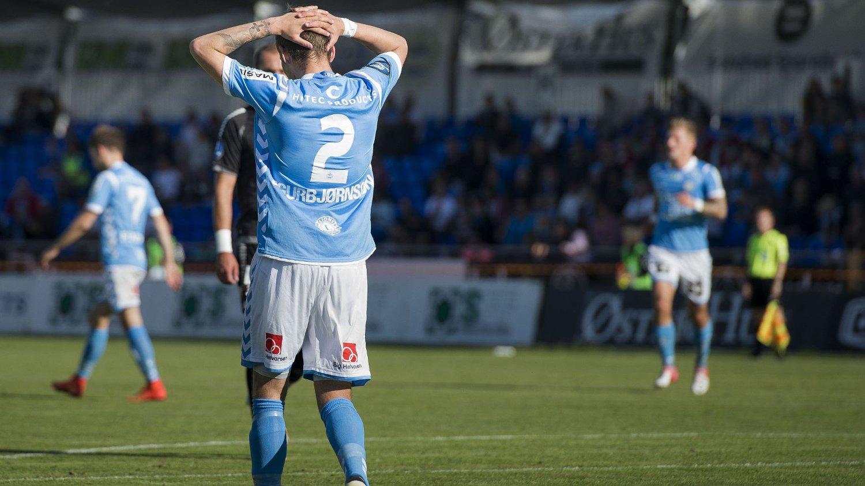 NY TUNG DAG: Sandnes Ulf tapte 0-2 hjemme for Sarpsborg 08. Nå ser det unektelig ut til at det blir førstedivisjonsspill neste år.