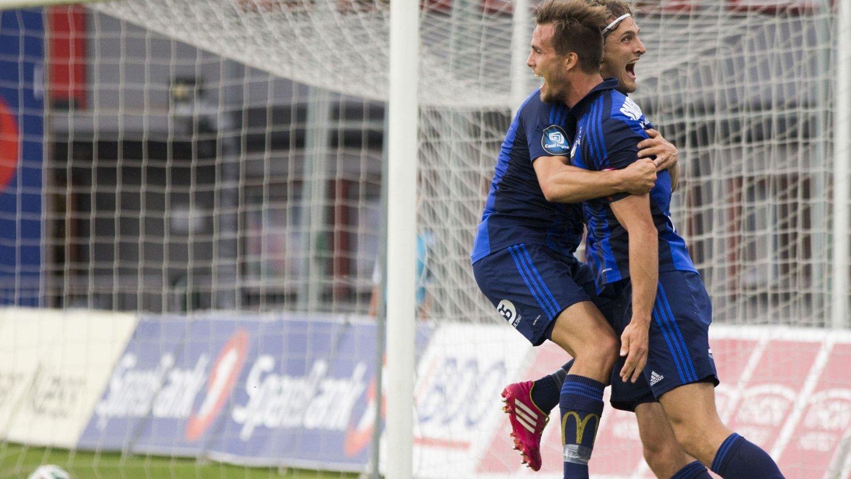 0-1: Fredrik Brustad scoret Stabæks første mål mot Start etter pasning fra Ville Jaalasto. Foto: Berit Roald / NTB scanpix