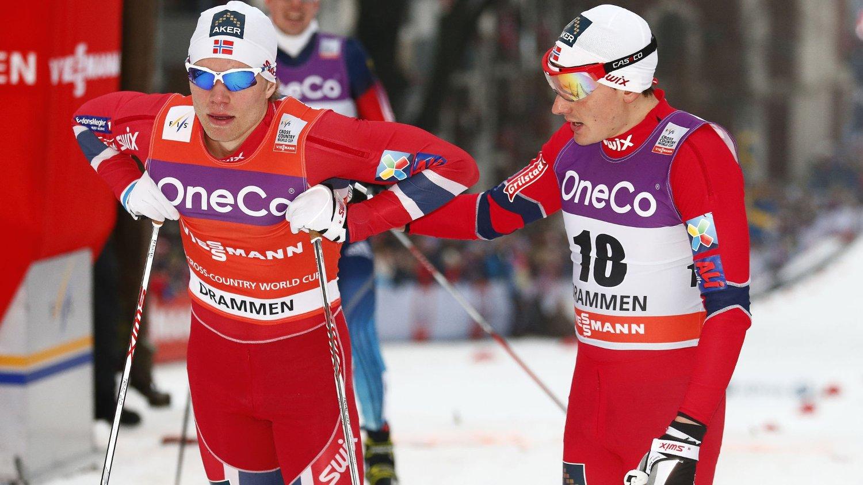 DRAMMEN 20140305. Eirik Brandsal (tv) og Finn Hågen Krogh falt og kom seg derfor ikke videre fra semifinalen i verdenscup sprinten i langrenn i Drammen onsdag. Foto: Heiko Junge / NTB scanpix