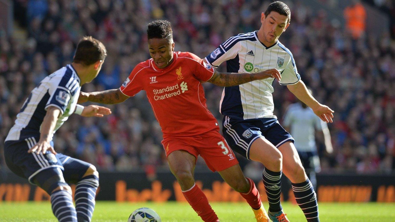 UTVIDER? Spillere som Raheem Sterling i Liverpool kan i framtiden komme til å spille enkelte seriekamper utenlands.