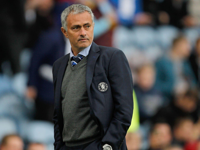 FÅR KRITIKK: José Mourinho mener at fotballtrenere blir ansatt kun på bakgrunn av kvalitet, og ikke hudfarge. Feil, hevder sjefen for FIFAs antirasistiske arbeid.