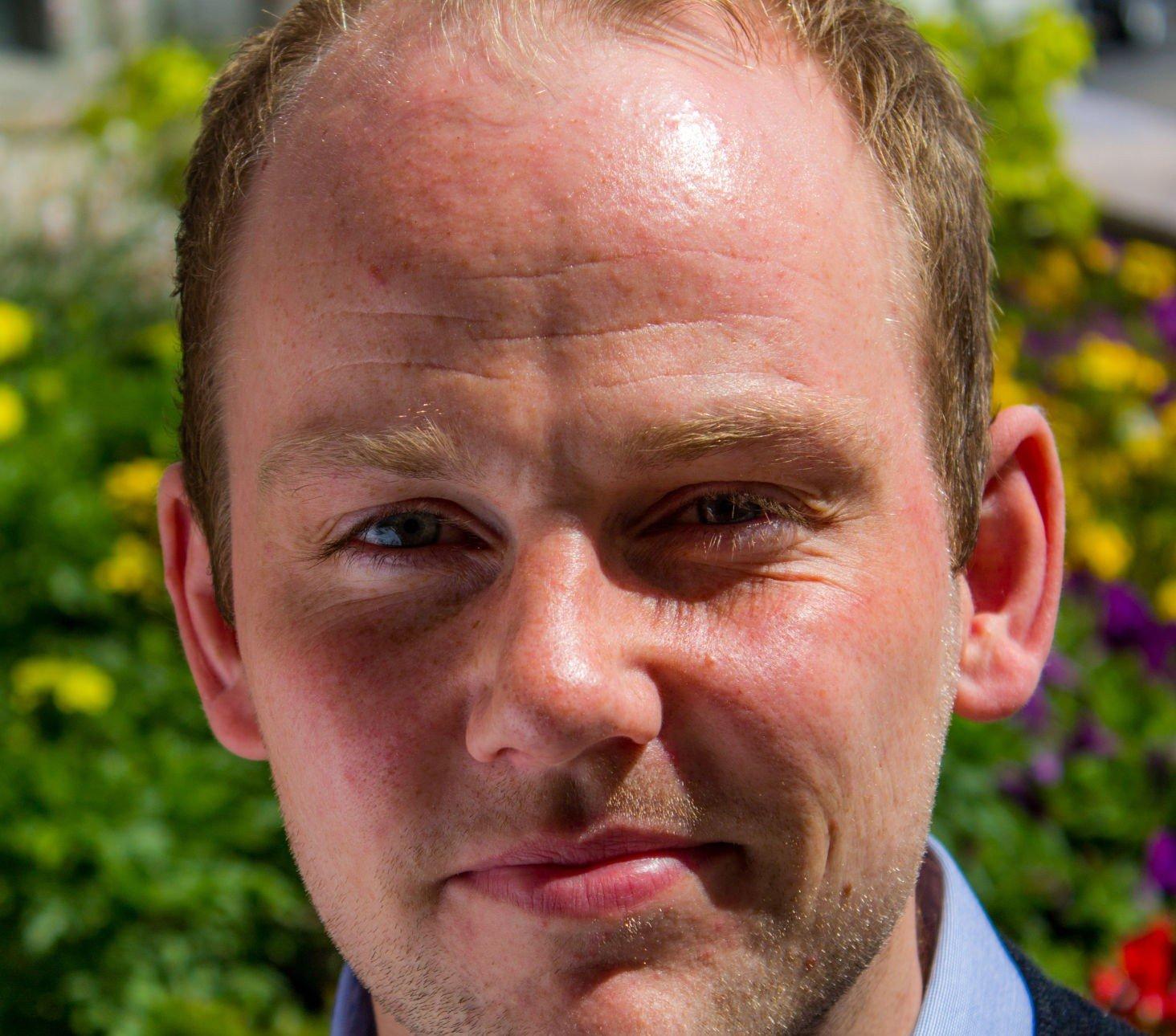 Anders Kvernmo Langset, leder av Norsk studentorganisjon (NSO), mener at Norge vil tape på å innføre skolepenger for studenter utenfor EU og EØS. - Det betyr en sterk «europafisering» av studiestedene, som jeg ikke ser på som noen fordel, sier han til Nettavisen.