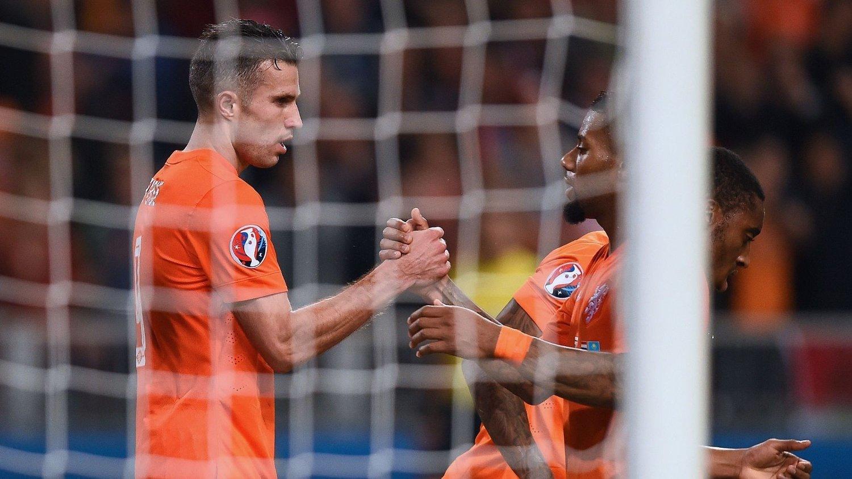 SNUDDE TIL SEIER: Robin van Persie og Nederland gikk fra 0-1 til 3-1.