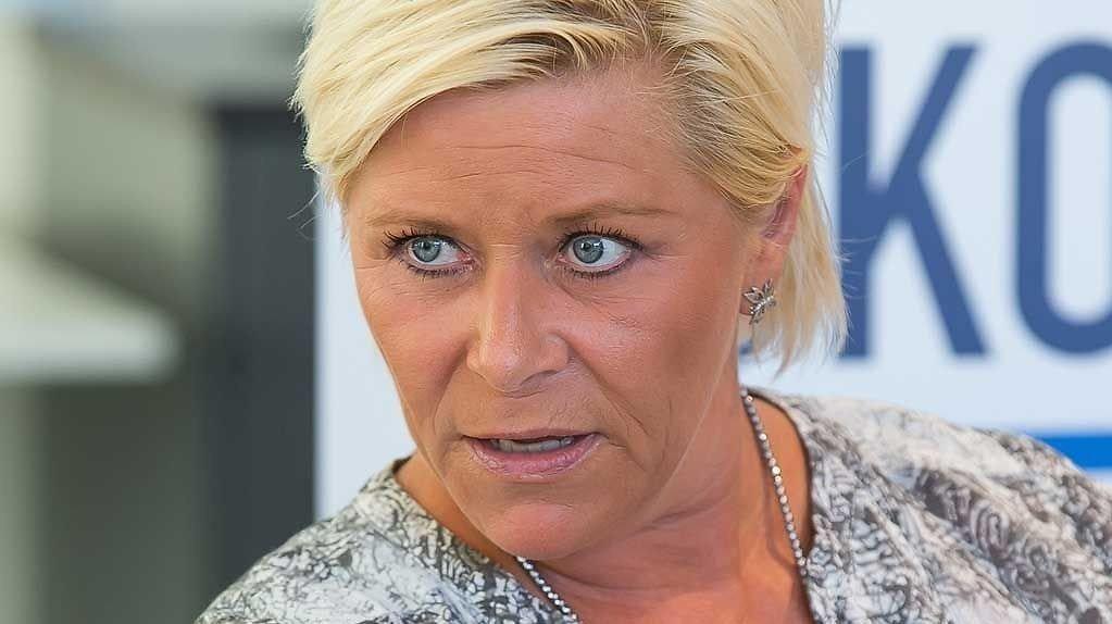 Finansminister Siv Jensen er på offensiven.