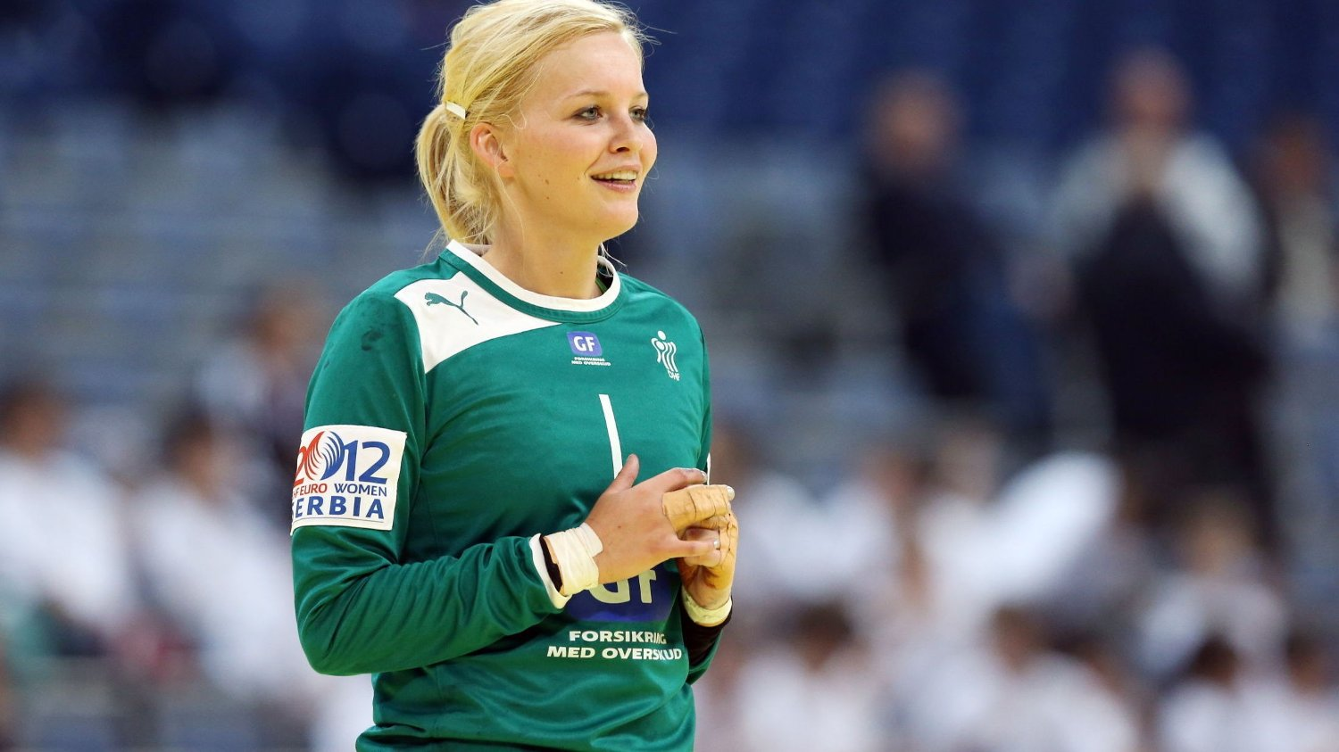 Larvik-keeper Sandra Toft fikk lørdag et illebefinnende på flyet hjem fra Polen.
