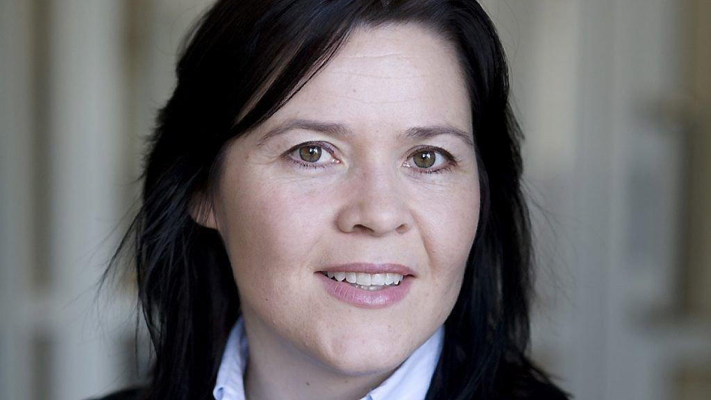 Rentekutt er ikke nødvendig nå, men svak utvikling i våre naboland gjør at også Norge må forberede seg på styringsrente ned mot 0 prosent, mener Elisabeth Holvik.