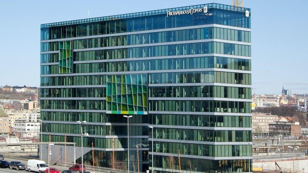 Til sammen 28.000 sider med dokumenter er lekket fra rådgivnings- og revisjonsselskapet PricewaterhouseCoopers (PwC). Illustrasjonsbilde: PwCs kontorer i Oslo.