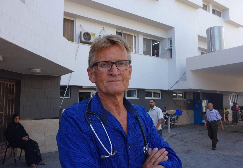 – Da vi kom til grensestasjonen Erez, fikk jeg beskjed av de israelske soldatene om at jeg ikke fikk reise inn i Gaza, sier den norske legen Mads Gilbert.