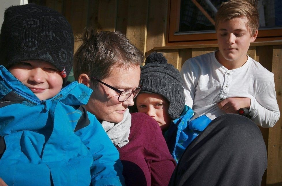 Kine Eliassen forberedte barna Aksel Johan (13), Morten (5) og Martinus (3) på at hun snart ville dø.