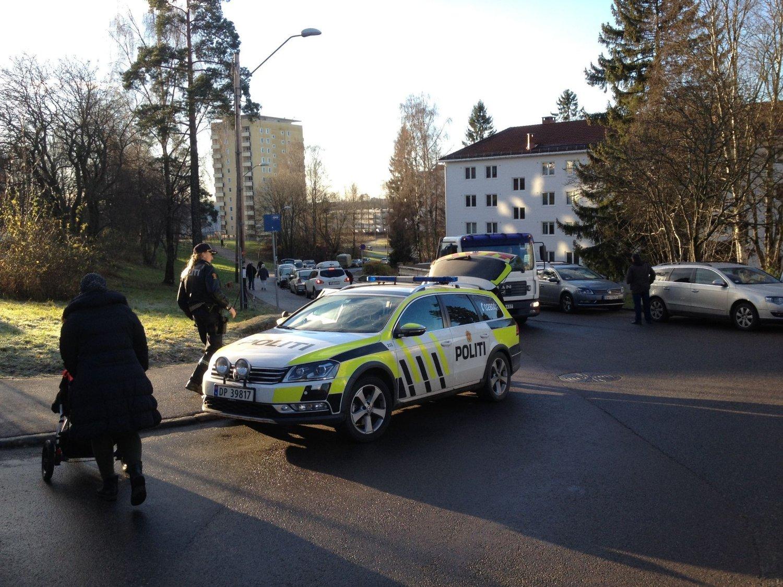 KRITISK SKADD: En mann i 50-årene ble skutt på Oppsal tirsdag formiddag.