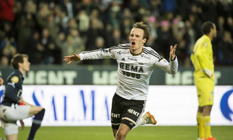 NY KONTRAKT: Mike Jensen har forlenget sin avtale med Rosenborg.