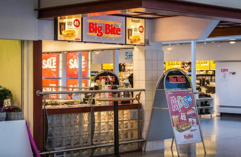 SKAMMELIG: Big Bite på Knarvik senter hadde så dårlig renhold at Mattilsynet stengte ned kiosken på dagen. Etter at de hadde vasket og ryddet fikk de åpne igjen senere samme dag, men fordi renholdet var såpass dårlig vil Mattilsynet forsikre seg om at serveringsstedet forbedrer rutinene sine.