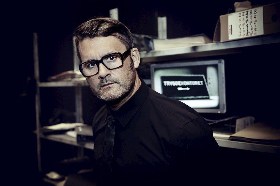 SEERMAGNET: Programleder Thomas Seltzer i «Trygdekontoret».