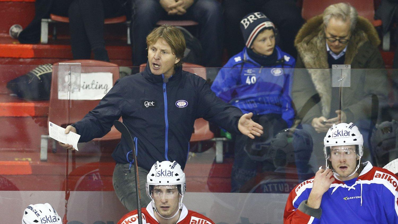 OFFENSIV: Vålerenga-trener Espen Shampo Knutsen mener laget hans kan vinne NM-gull denne sesongen.
