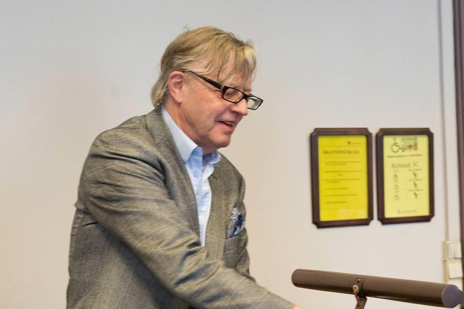 Bergensadvokaten Odd Drevland er tiltalt for underslag, bedrageri og dokumentfalsk.