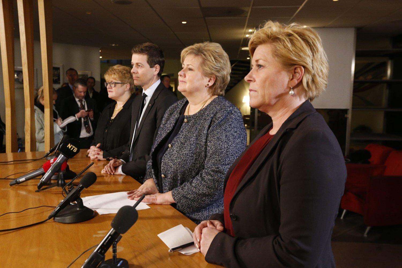 SAMSTEMTE: De fire borglige partilederne møtte pressen i Nydalen tirsdag kveld, og var alle enige om at det hadde vært et godt møte.