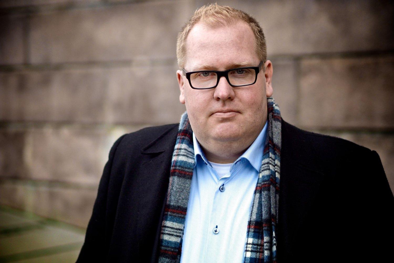 Generalsekretær Tor Bernhard Slaathaug i Stiftelsen Rettferd for taperne synes ikke Thorbjørn jagland blir utsatt for mobbing.