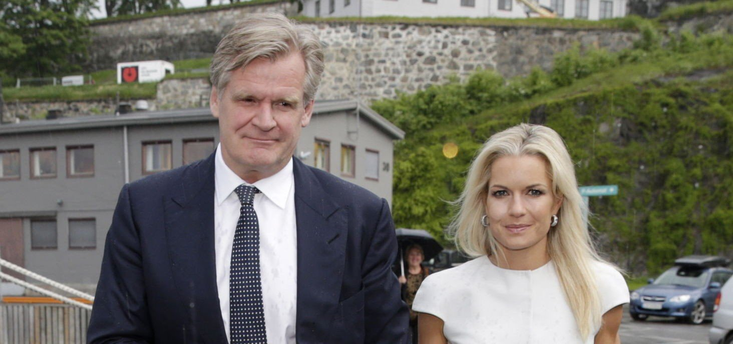 SØKER HUSHJELP: Her er Tor Olav Trøim og Celina Midelfart på vei til et arrangement i Oslo i 2013.