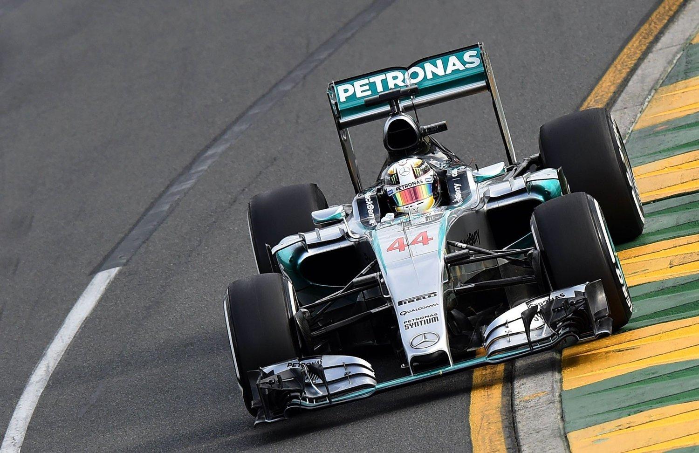 POLE: Lewis Hamilton i pole position i Australia.