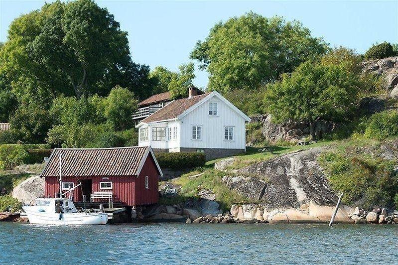 MEGET DYRT: Blar du opp 17 millioner kroner, får du kjøpt denne svenske skjærgårdsidyllen.