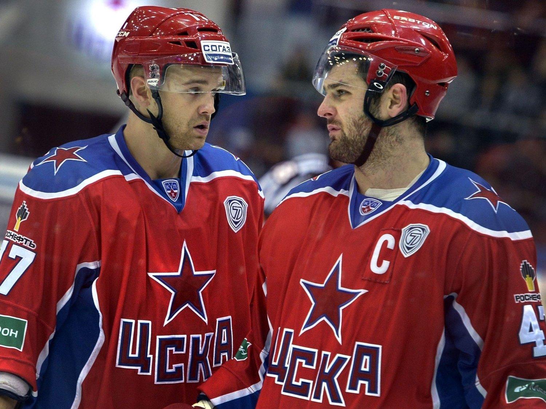 HERJER: Alexander Radulov (til høyre) er uhyre vanskelig å stoppe, også for SKA St. Petersburg som var nest beste lag etter CSKA og Radulov i grunnspillet.
