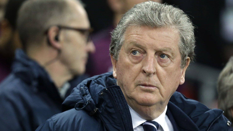 SE NYE FJES: England-sjef Roy Hodgson vil at benkesliterne skal vise seg frem mot Italia.