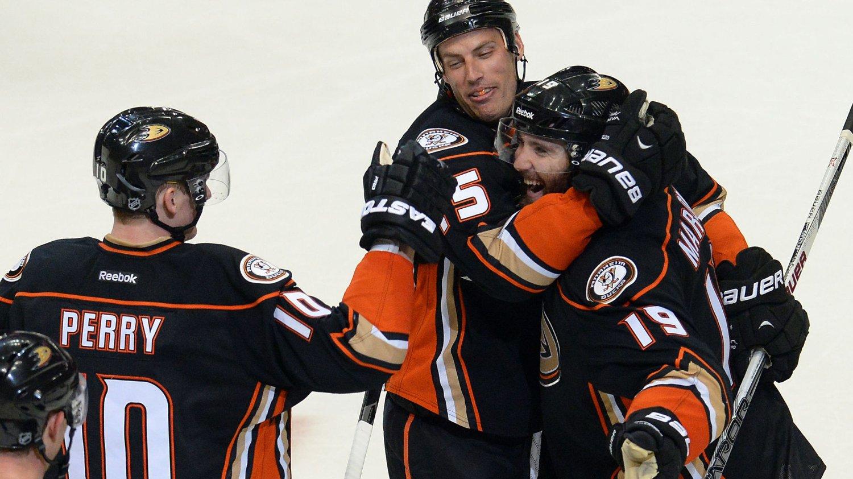 NY SEIER: Anaheim Ducks vant natt til søndag.
