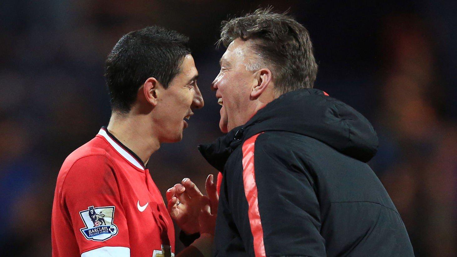 Manchester United-manager Louis van Gaal (left) og Manchester United's Angel Di Maria (right) skal denne uken diskutert argentinerens fremtid på Old Trafford.