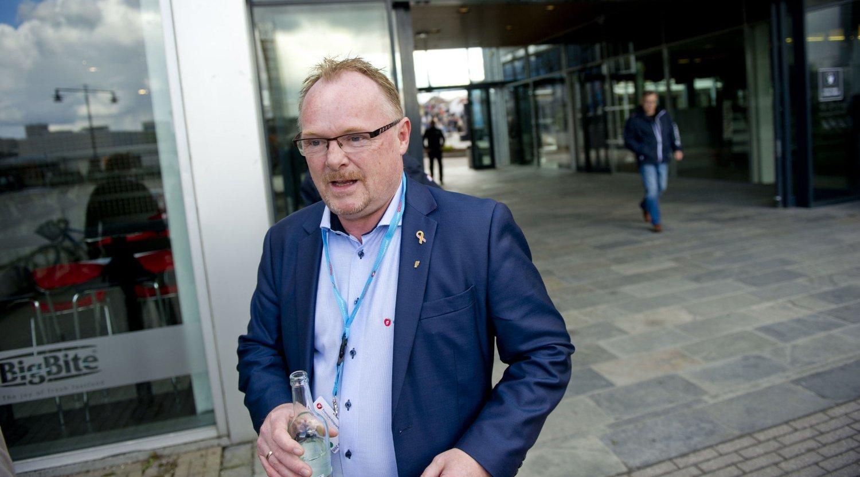PÅ JESSHEIM: Fremskrittspartiets nestleder Per Sandberg på Jessheim 1. mai. Foto: Jon Olav Nesvold