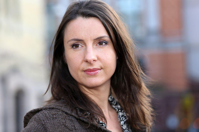 REAGERER: Stortingsrepresentant Jenny Klinge (Sp) reagerer på at viktig etterforskningsmateriell ble liggende i syv og en halv måned.