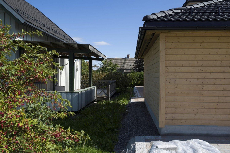 Naboens garasje eller uthus kan uten forvarsel bygges nesten helt inntil tomtegrensen.