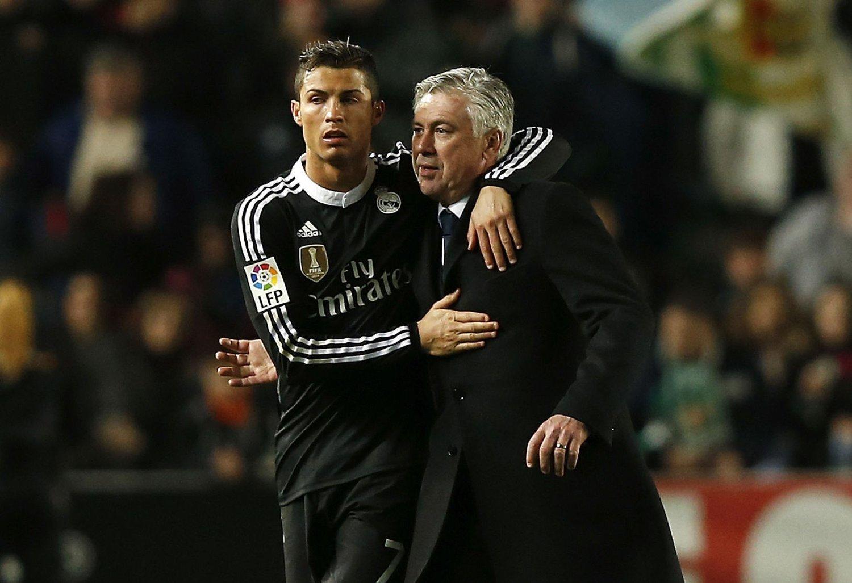 VEISKILLE: Mye tyder på at Cristiano Ronaldo og Carlo Ancelotti går forskjellige veier etter sesongen. De italienske manageren skal stå høyt på ønskelisten til West Ham.