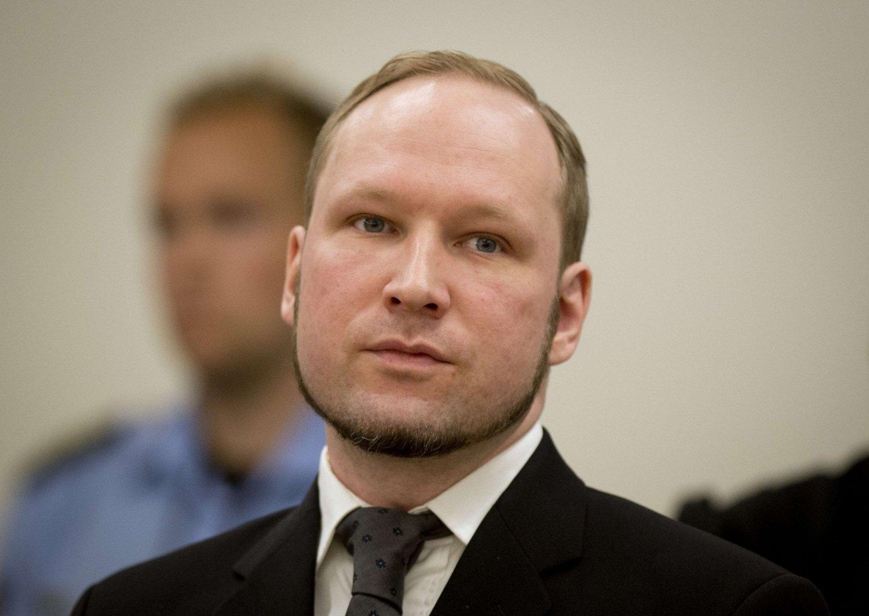 SAKSØKER NORGE: Massemorderen Anders Behring Breivik har saksøkt Norge for brudd på menneskerettighetene. En rettssak blir trolig berammet etter nyttår.