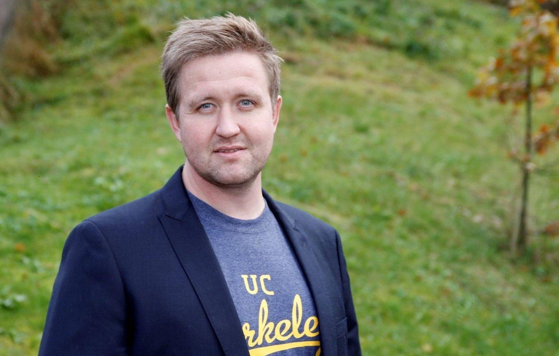 SLÅR TILBAKE: Stortingsrepresentant Truls Wickholm (Ap) slår tilbake mot kritkken fra Høyre-representanten Henrik Asheim.