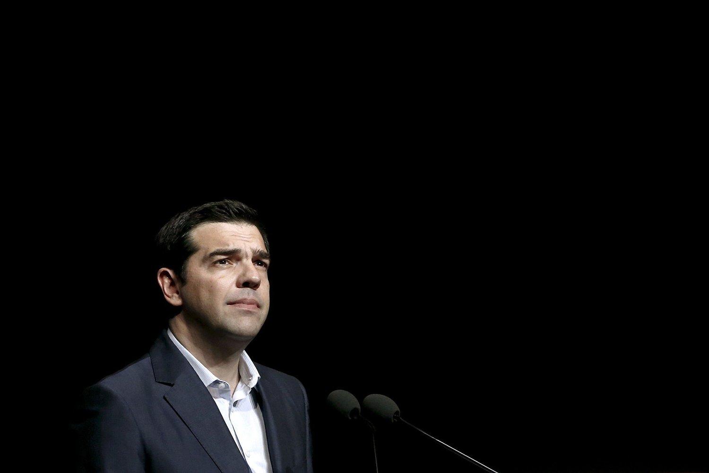 Statsminister Alexis Tsipras i Hellas står overfor nok en test om kontroll i eget parti, når greske folkevalgte må vedta sin andre reformpakke.