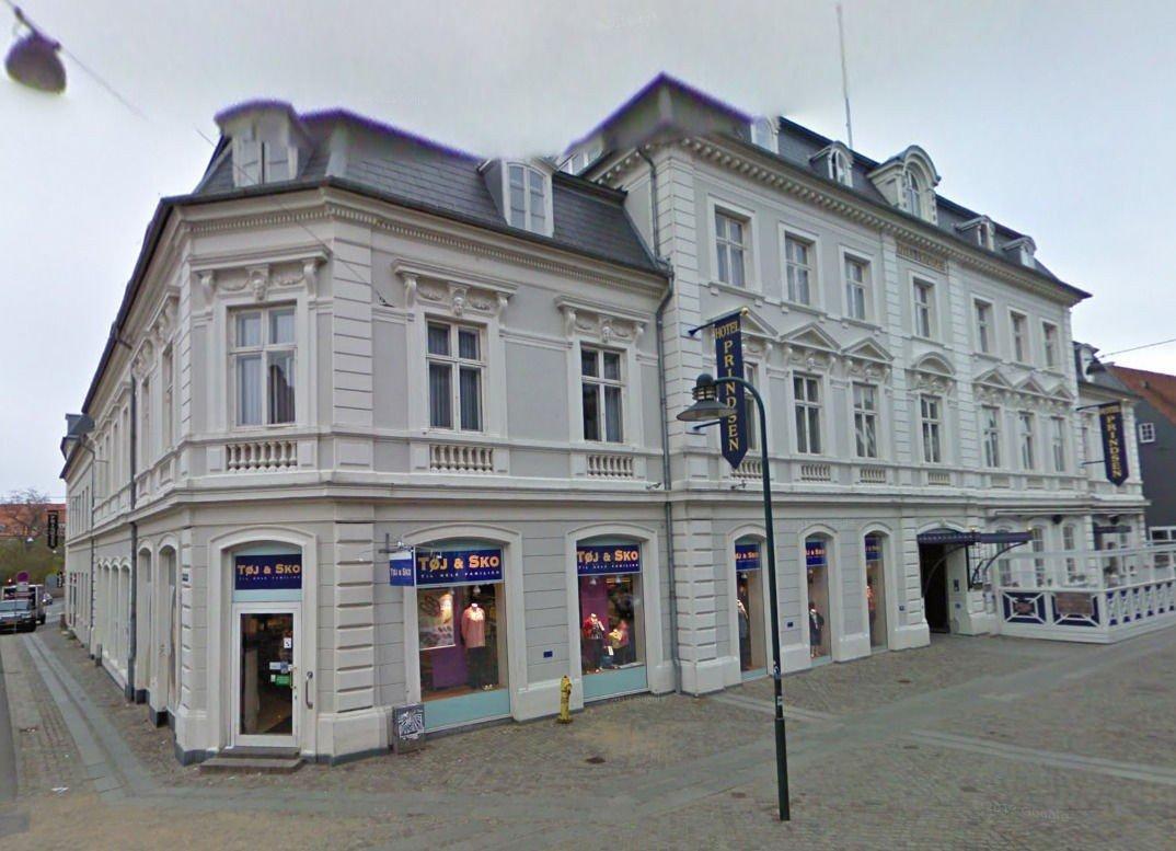 Prindsens Hotell har huset norske musikkjournalister og Roskilde-entusiaster i en årrekke. Nå er det slutt.