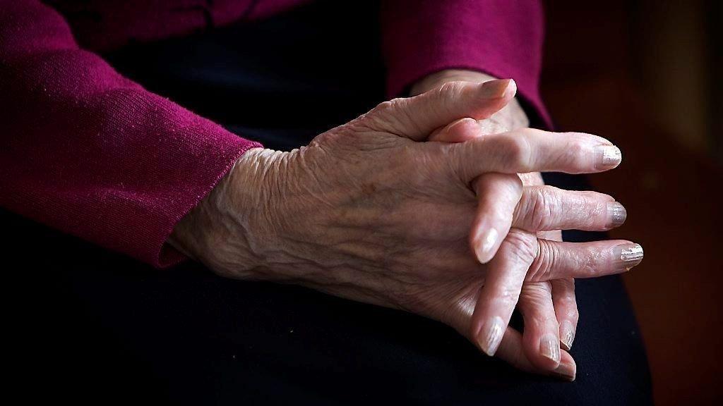 MANGE OPPDRAG: Firma forteller om mange oppdrag for pårørende som ikke er i stand til å gi sine eldre den sosiale kontakten de trenger.