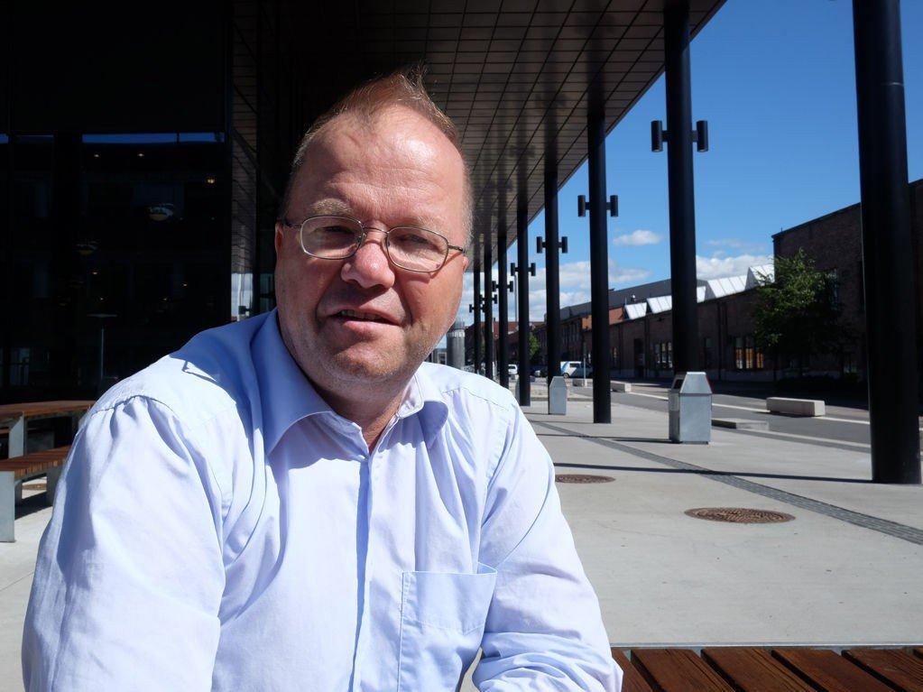 PERMITTERT: Max Hermansen er ansatt på Kuben Yrkesarena, som lærer i samfunnsfag og historie.