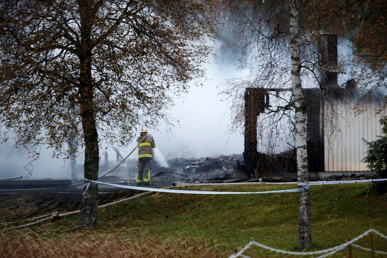 14 personer ble evakuert fra Rosenkullens asylmottak utenfor Munjedal i Sverige.