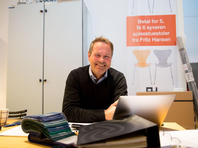 HELLER GULROT: Heller enn å forby biler, bør de starte med å gjøre det gratis å reise kollektivt i Oslo sentrum, mener møbelhandler Pål Reenskau.