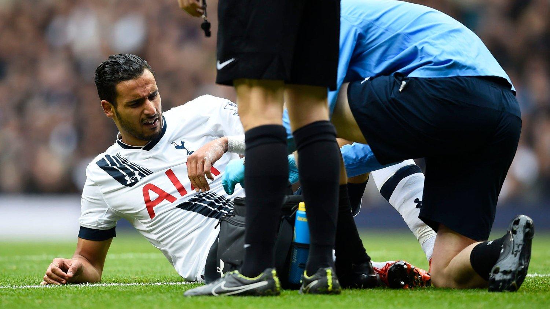 Tottenham-angriper Nacer Chadli er satt på sidelinjen i seks uker etter ankelskaden han pådro seg mot Liverpool lørdag.