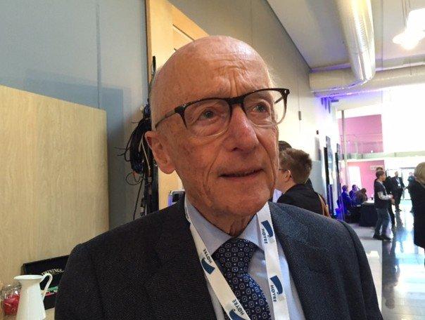 MISFORNØYD: Høyre-nestor Kåre Willoch mener det ville vært fornuftig å la Fabian Stang få vervet som varaordfører i Oslo. Tirsdag ble han vraket av Arbeiderpartiet.